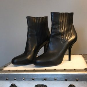 Vince leather pullon booties